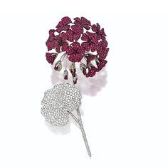 Ruby and diamond geranium brooch, Michele della Valle The three-dimensional… Ruby Jewelry, Jewelry Art, Vintage Jewelry, Fine Jewelry, Jewelry Design, Art Nouveau, Diamond Brooch, Hair Ornaments, Diamond Are A Girls Best Friend