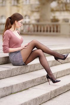 NSFW - I love womens legs. Even more so when she is wearing nylon of some type with high heels. Pantyhose, stockings, tights, they all make a woman's legs look and feel the best. Great Legs, Nice Legs, Beautiful Legs, Pantyhose Outfits, Pantyhose Legs, Women Legs, Sexy Women, Sexy Outfits, Hot Girls