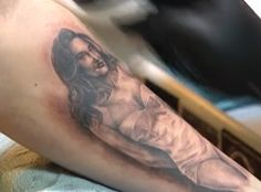 A Man Got Caitlyn Jenner's Vanity Fair Cover Photo Tattooed on His Arm?See the Pic!