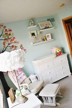 red nursery decor ideas