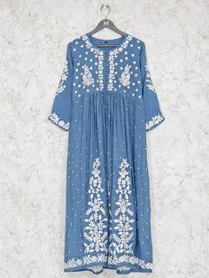 Pakistani Dresses Casual, Pakistani Dress Design, Kurti Embroidery Design, Embroidery Fashion, Kurta Designs Women, Blouse Designs, Cotton Anarkali, Anarkali Kurti, Kalamkari Dresses