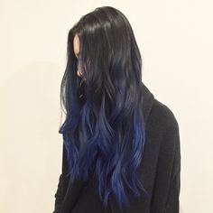 Hair Color 40 Stunning Blue Hairstyles Ideas in This year it's about the BLUES! Any blend and shade of blue will work, yet in case need a little blue motivation, look at these beguiling blue hair sh. Ombre Hair Color, Cool Hair Color, Hair Inspo, Hair Inspiration, Pelo Color Azul, Brown Ombre Hair, Dark Blue Hair Dye, Black To Blue Ombre, Dye My Hair