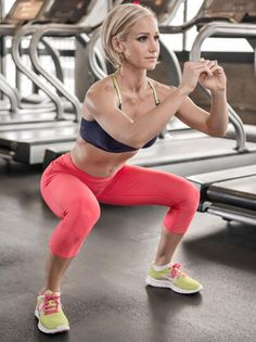 Você já fez agachamento hoje? #bumbum #glúteos #humilha #squats #fikagrande #playhard #workout #workhard #gym #projetoverao #projetobomcorpo #30tododia #befit #instafit #maromba #marombeiros #wheyprotein #bcaa #nopainnogain #musafitness #agachamento #bomcorpo