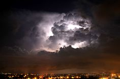 Storm, thunder, lightning here now some thing to write about!