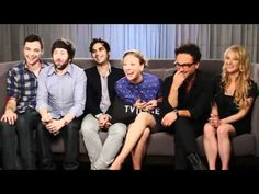 The Big Bang Theory Cast with Ausiello - Comic Con 2011 - TV Line