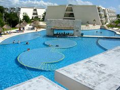 Grand Sirenis  Riviera Maya, Mexico  All inclusive, fabulous pool, ok ocean front, ok food, great drinks!