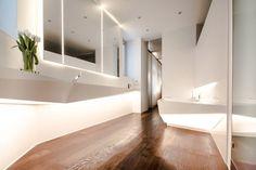 salle de bain avec déco nature