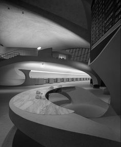 TWA Terminal at Idlewild (now JFK) Airport, Eero Saarinen, New York, N.Y., (Ezra Stoller, 1962)