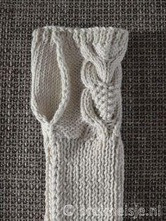 Mitten Gloves, Mittens, Hand Warmers, Crochet, Knitwear, Knitting, Inspiration, Knitted Scarves, Kind