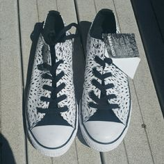 Converse All Star Chuck Taylors Womens Size 8 New with tags chucks. Size reads 6, but it's youth/men/converse size 6 - fits a women's size 8. Converse Shoes Sneakers
