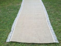 Burlap Aisle Runner with Natural Lace- I think we could make this!