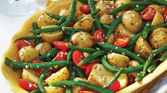 For an updated version of a classic, try our Italian-Style Green Bean & Potato Salad recipe. Serve it at our next potluck or picnic, it will definitely be a crowd favourite. Bean Recipes, Vegetable Recipes, Salad Recipes, Healthy Recipes, Veggie Dishes, Healthy Snacks, Green Bean Potato Salad, Green Beans And Potatoes, Italian Potatoes