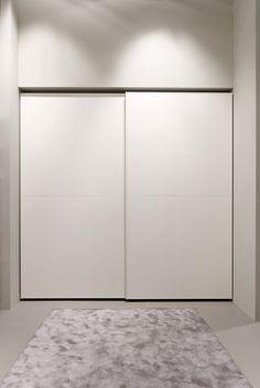armario empotrado Bedroom Wardrobe, Wardrobe Closet, Walk In Closet, Hallway Cabinet, Armoire, Sliding Closet Doors, Closet Storage, Cupboard, Interior Design