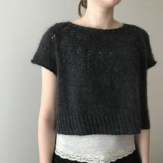 Ravelry: Ranunculus pattern by Midori Hirose Lace Knitting, Knit Crochet, Boho Work Outfit, How To Purl Knit, Knit Fashion, Knitting Projects, Lana, Knitwear, Knitting Patterns