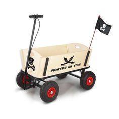 """Mit dem Bollerwagen """"Pirat"""" sind die Kinder """"der Schrecken des Spielplatzes"""""""