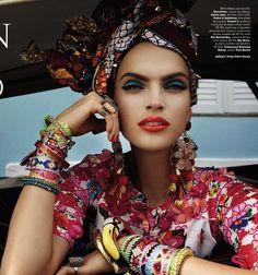 """Vogue Brasil – """"Carmen Miranda Reloaded"""""""