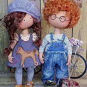 Малышка в пальтишке (брюнетка) - купить или заказать в интернет-магазине на Ярмарке Мастеров | Рост малышки 32 см, ручки и ножки армированы,… Harajuku, Rag Dolls, Style, Vintage Dolls, Trapillo, Fabric Dolls, Cloth Art Dolls