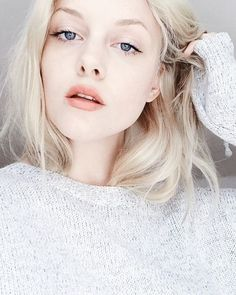 pale beauty  peachy lips