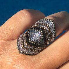 Best 12 Miyuki white grey blue green diamond ring to tip