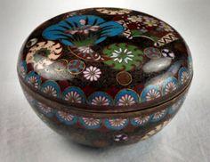 Meiji period Japanese cloisonne round lidded box by tlgvintageart