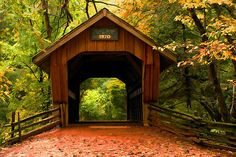 "ensphere: ""Covered Bridge, Little Hope Wisconsin"" por JohnDSmith 