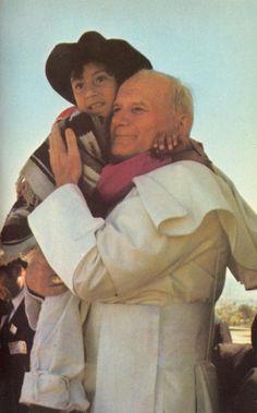 AICA :: Francisco recordó a Juan Pablo II a diez años de su muerte
