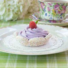 Raspberry White-Chocolate Mousse Tarts