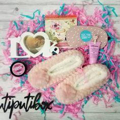 9 отметок «Нравится», 1 комментариев — UtiPutiBox подарки (@utiputibox) в Instagram: «Дорогие мужчины, торопитесь! 8 марта уже на носу😘😱 Спешите купить ещё один из наших наборов для…»