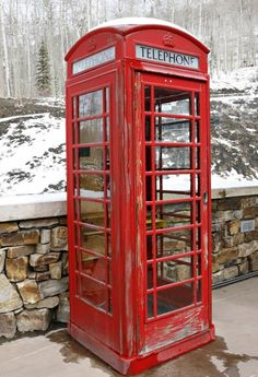 Phone Booth English Style-I love the look of these things, very nostalgic.