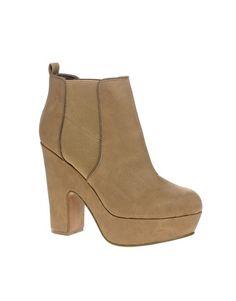 Love the platform and heel