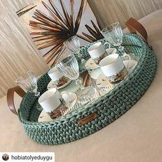 Crochet Case, Crochet Storage, Crochet Motifs, Diy Crochet, Crochet Crafts, Crochet Stitches, Crochet Projects, Crochet Basket Pattern, Knit Basket