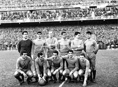 Equipos de fútbol: REAL VALLADOLID contra Real Madrid 17/02/1963
