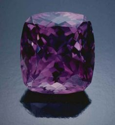 Amethyst, Four Peaks, Arizona. This flawless gem weighs 39.4 carats and is 22 × 19 mm. Tino Hammid photo.