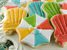 Semi Sweet Designs Beach Umbrella and Adirondack Chair with template; uses bus and spider cookie cutters