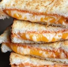 You wish to eat extraordinary croque-monsieur? These 7 recipes provides you with critically hungry! You wish to eat extraordinary croque-monsieur? These 7 recipes provides you with severe starvation! Healthy Breakfast Recipes, Lunch Recipes, Crockpot Recipes, Cooking Recipes, Sandwich Recipes, Mozzarella, Food Porn, Good Food, Yummy Food