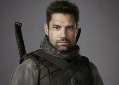 Manu Bennett stopped by to chat with us about his role as Slade Wilson AKA Deathstroke on the CW superhero show 'Arrow'.