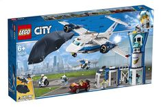 LEGO City Police - Sky Police Air Base and thousands more of the very best toys at Fat Brain Toys. Build a big police plan, a getaway vehicle, and a police air base with a control tower and a jail cell! The crook has b. Lego City Police, Shop Lego, Buy Lego, Porsche 911, Star Wars Saga, Figurine Lego, City Sky, Lego News, Lego Building
