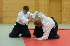 Aikido Kyuprüfungen im Budokan Wels (Oberösterreich) im Dezember 2015 – Suwariwaza Ikkyo