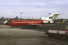 Braniff International Boeing 727-191 N298BN making it's way to the terminal at Newark-International, January 1972. (Photo: George W. Hamlin, Copyright: Braniff Flying Colors Collection)