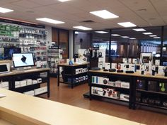 Come to #browse today to shop for products that you'll need during your travel! We have speakers, solar chargers, #GoPros, and many more! Also, three more days to receive an extra $50 off any #Apple computer! Don't miss out! We are open Monday through Friday from 9am-5pm ☀️ #summer