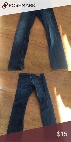 Mens, straight cut jeans Levi's, straight cut, 32x32, lightly used, darker blue, light fade Levi's Jeans Straight