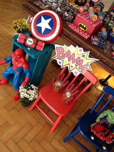 Festa super heroi Bomba