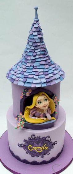 :) Tangled Cake | Más en https://lomejordelaweb.es