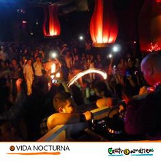En Centroamérica puedes aprovechar las noches para ir a tomarte una copa con tus amigos y pasarla genial en un excelente ambiente