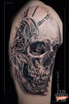 Guy Labo - Black and Grey Tattoo Harley Tattoos, Badass Tattoos, Life Tattoos, Body Art Tattoos, Tattoos For Guys, Cool Tattoos, Hand Tattoos, Skull Tattoo Design, Skull Design