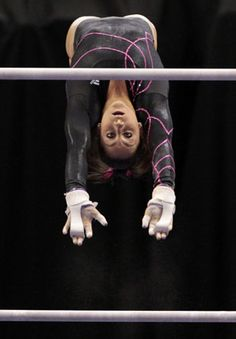 Jordyn Wieber, Gabrielle Douglas tied after tight first day at Visa Championships (Getty)