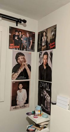 One Direction Room, One Direction Images, One Direction Wallpaper, One Direction Humor, Canciones One Direction, 1d Quotes, Cute Room Ideas, Harry Styles Photos, Room Goals