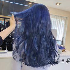 Under Hair Color, Gorgeous Hair Color, Hair Color Streaks, Hair Dye Colors, Shot Hair Styles, Curly Hair Styles, Korean Hair Color, Ulzzang Hair, Dyed Hair Pastel