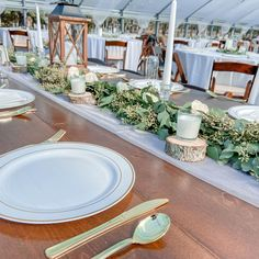 Mixing clothed tables with farm tables can be a fun way to add dimension to your decor 🥂 Farm Table Wedding, Farm Tables, Table Settings, Table Decorations, Fun, Furniture, Home Decor, Decoration Home, Room Decor