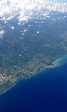 Jamaica (kingston) from the friendly skies... OUTSTANDING! I love my photo